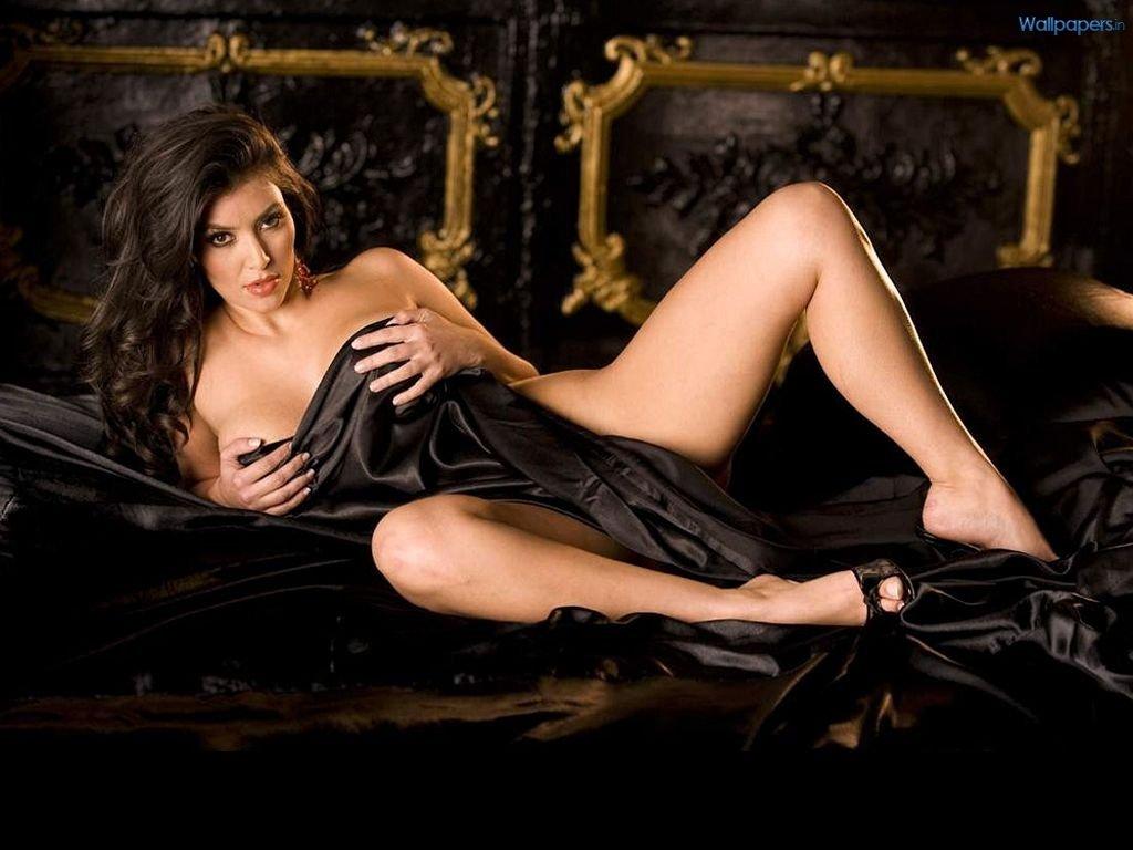 Ким Кардашян (Kim Kardashian, урождённая Кимберли Ноэль Кардашян