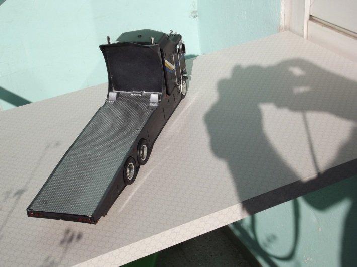 Kenworth K-100 Aerodyne Long Cab Racetransporter 2x4g1baon4d